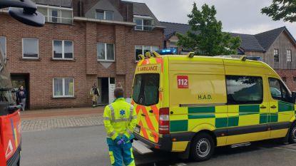 Bewoonster flat afgevoerd naar ziekenhuis  door CO-vergiftiging