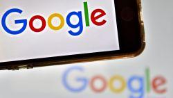 """""""Hoe werkt Tinder?"""" Die vraag hield Belgen het meest bezig op Google in 2017"""