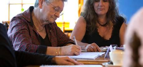 Altied de woarheid liegen: cursisten leren sprookjes schrijven in streektaal