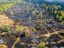 Op deze overzichtsfoto van 23 april is te zien hoe groot de schade is.