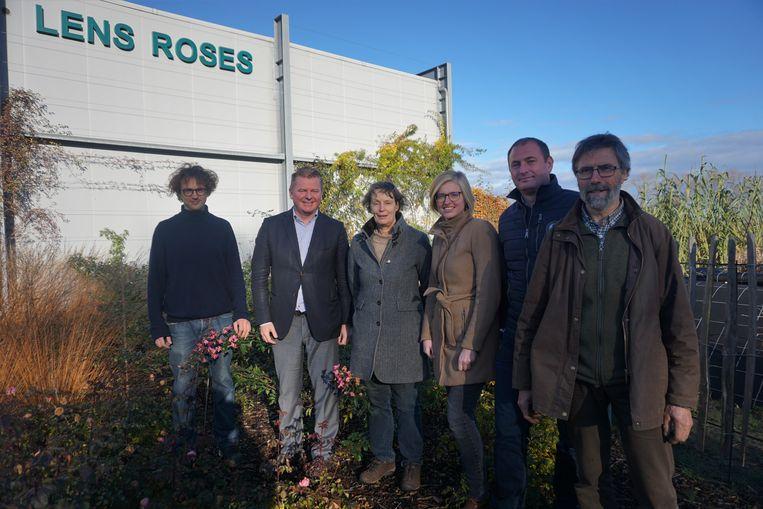 OUDENBURG - Het schepencollege op werkbezoek bij Lens Roses,
