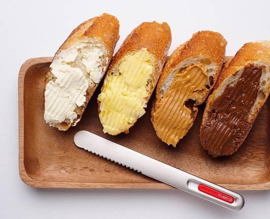 Met de SpreadTHAT! smeer je ook roomkaas, pindakaas en Nutella makkelijker op je broodje.