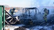 Brand laat geen spaander heel van pas gekochte motorhome