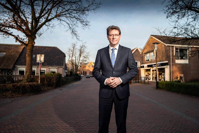 Burgermeester Roger de Groot van De Wolden, de gemeente waarvan Ruinerwold deel is.