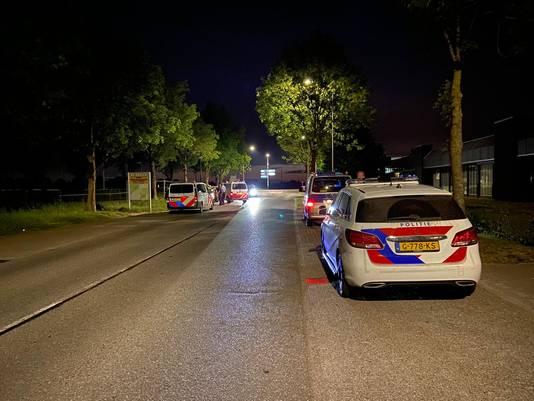 Op de Anholtseweg in Dinxperlo hielden de Duitse en Nederlandse politie een grote zoekactie.