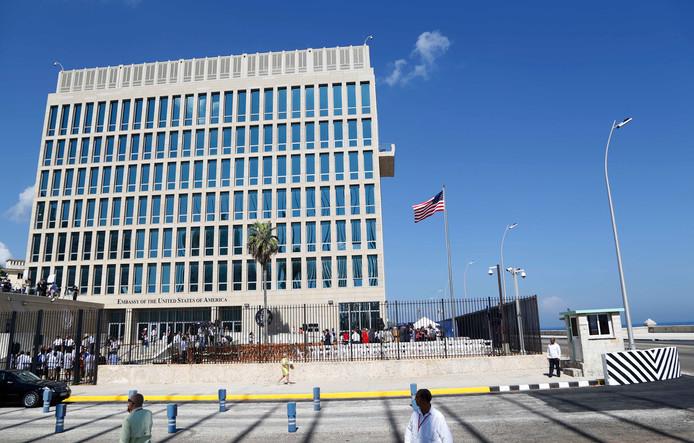 De Amerikaanse ambassade in Havana, waar Amerikanen slachtoffer zijn geworden van raadselachtige gezondheidsproblemen.