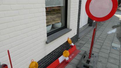 Maandag begint aanleg verkeersplateau op kruispunt Staakstraat, Sasdijkstraat en Kloosteraprilstraat