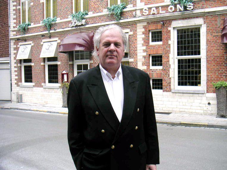 Zaakvoerder Romain Sterckx wou desnoods tot zijn 100 jaar blijven werken in Salons Georges maar zover is het niet gekomen. Hij gaat nu samen met zijn vrouw Lucia van het leven genieten.