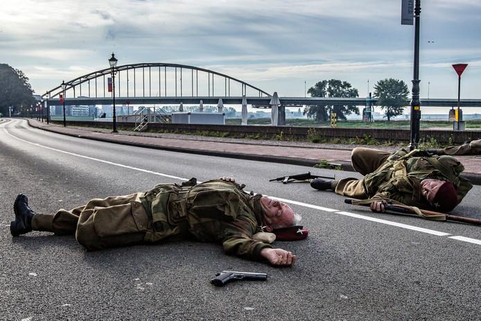 In september werden opnames gemaakt voor de trailer voor Paratrooper. De filmcrew keert graag terug naar Deventer voor opnames voor de tv-serie.