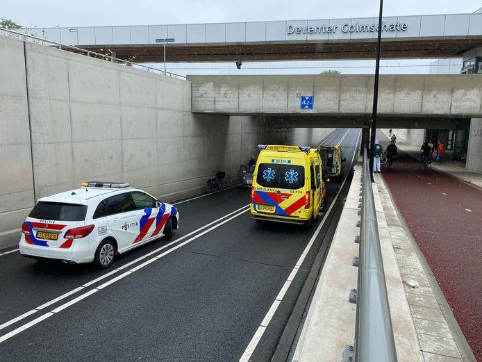 Drie voertuigen kwamen in botsing in de tunnel bij Deventer Colmschate.