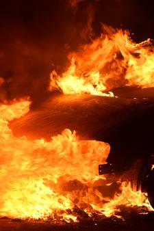 Auto volledig uitgebrand in Valkenswaard