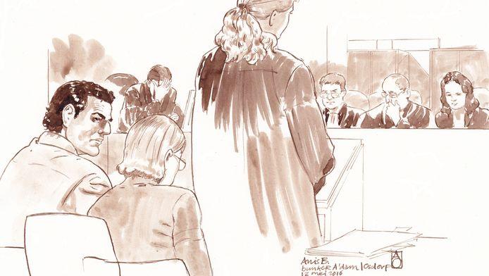 Rechtbanktekening van Franse terreurverdachte Anis B. tijdens de behandeling van zijn zaak in de bunker in Amsterdam.