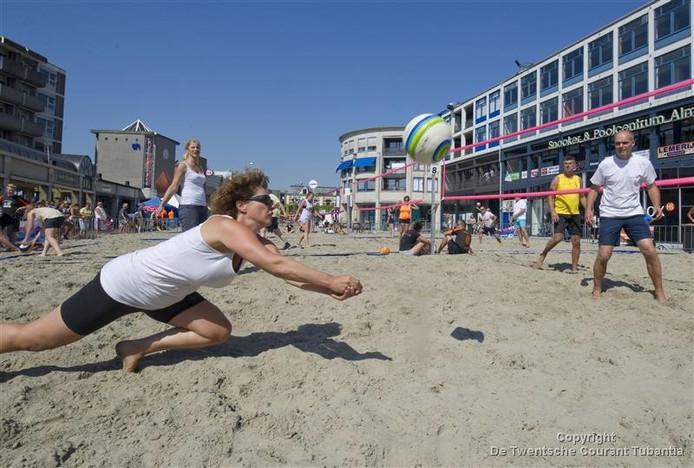 Beachvolleybal in Almelo, vorig jaar.