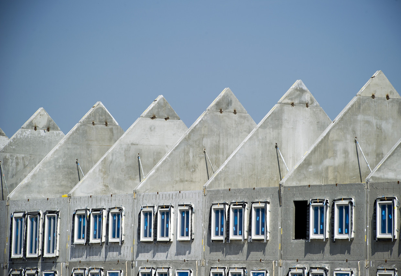 Nieuwbouw zal ook de komende jaren niet kunnen voorkomen dat het tekort aan woningen nog verder groeit.