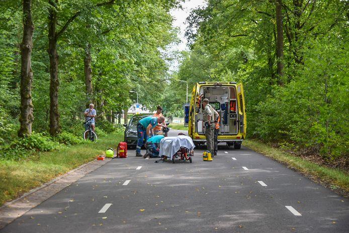 Een vrouw is van haar paard gevallen op de Schaapsdrift in Doorwerth.