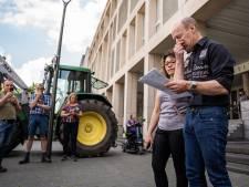 Boeren eisen hogere straffen tegen dierenactivisten: 'Anders gaan er doden vallen'