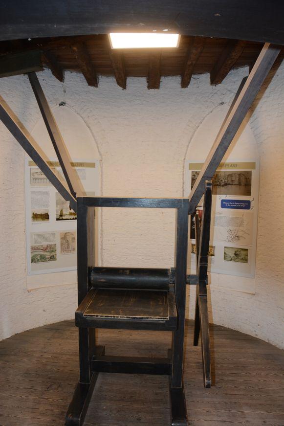 De nieuw infopanelen in de Graventoren zijn afkomstig van de expo die vorig jaar werd georganiseerd over het Gravenkasteel.