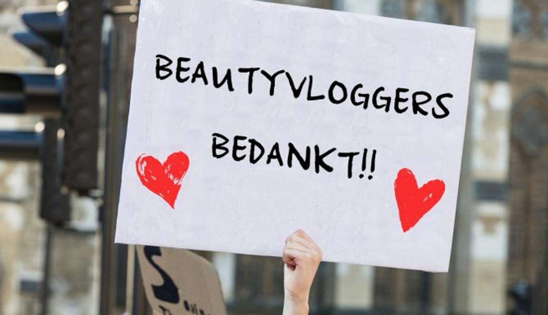 Respect voor de vasthoudendheid van beautyvloggers.
