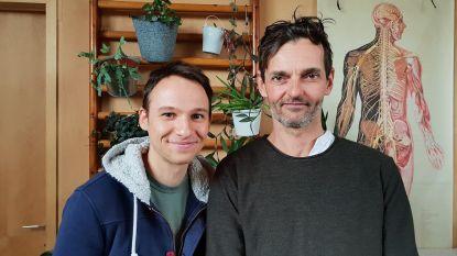 """Radiomaker (30) keert terug in de tijd met podcast 'Akkerdjie': """"Het bewijs dat mensen houden van nostalgie"""""""