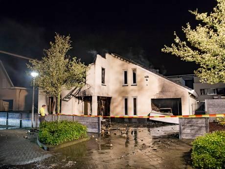 Eerste onderzoek naar brand Etten-Leur: Mogelijk sprake van brandstichting