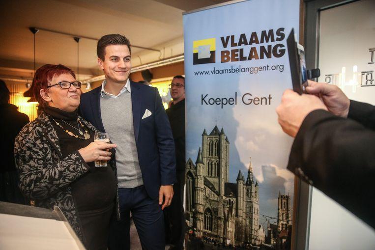 Dries Van Langenhove kreeg de nodige aandacht tijdens de nieuwjaarsreceptie van het Vlaams Belang Gent.