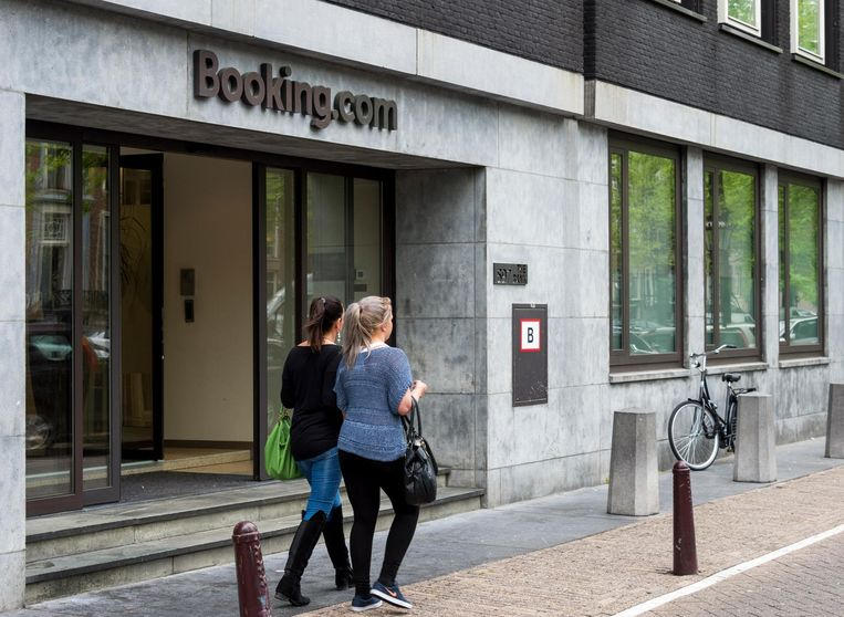Het hoofdkantoor van Booking.com in Amsterdam. Beeld anp