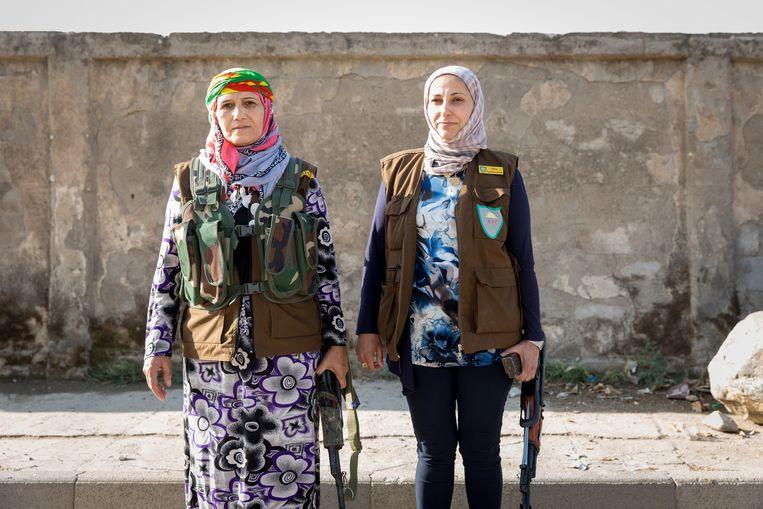 In Rojava doen vrouwen aan alles mee. 'Vrouwen zijn betere vechters dan mannen.' Beeld Ernie Buts