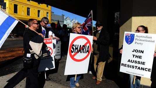 Demonstranten in Sydney bij de conferentie Hizb ut-Tahrir. © epa