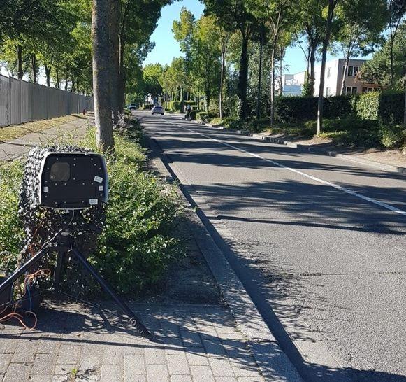De goed vermomde snelheidscamera van de lokale politie van Zaventem stond woensdagochtend in de Sterrebeekstraat.