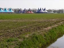 Rebirth zet de tenten op