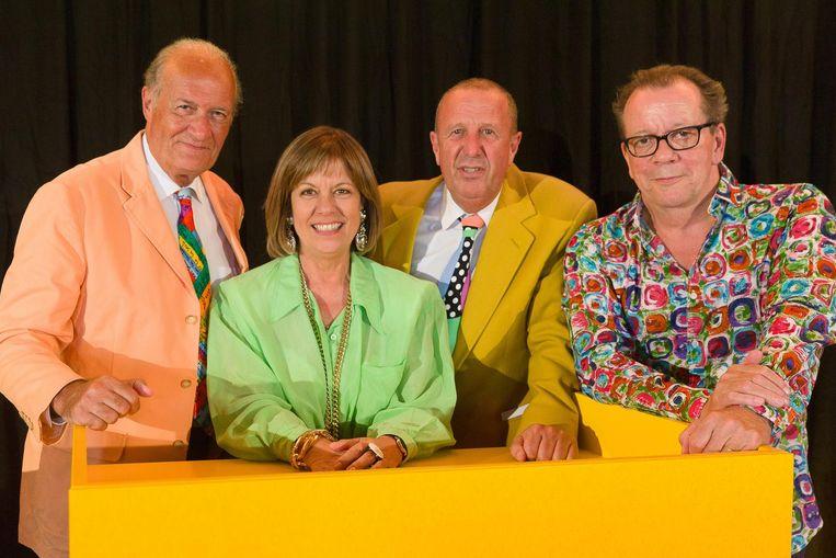 De originele panelleden Jacques Vermeire, Gerty Christoffels en Walter Grootaers en presentator Kurt Van Eeghem (tweede rechts).