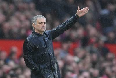 mourinho-grijpt-in-na-blamage-manunited