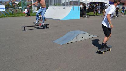 Skaters leven zich uit tijdens Urban Hill