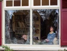 Vuurwerkbom blies alle ruiten eruit bij Bas en Riet uit Opijnen: taakstraf en drie keer vrijspraak voor dorpsgenoten