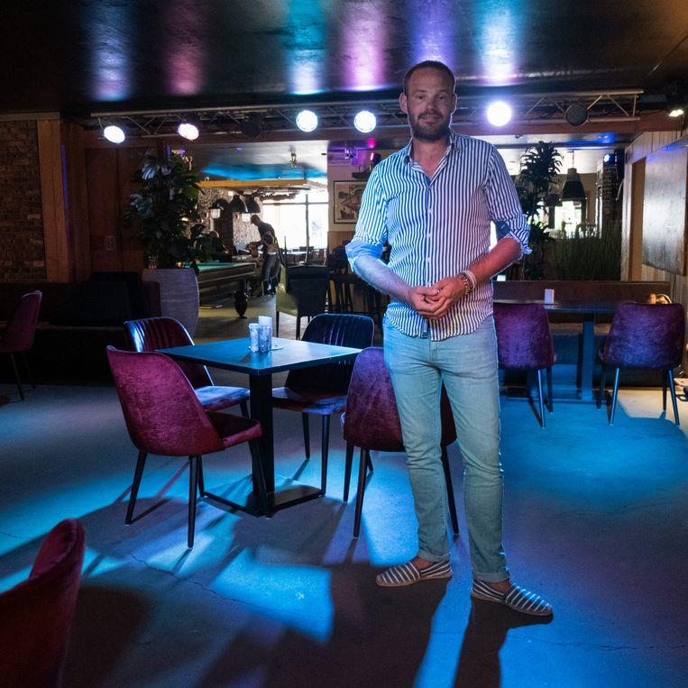 Remmelt Mulder van de Tox Bar op Schiermonnikoog. Beeld Sabine van Wechem