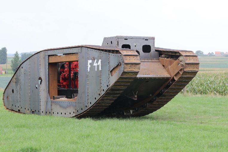 De Mark IV-replica tijdens een eerdere rit.