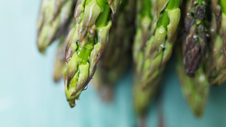 Walcherse asperges: een beetje krom, een beetje zout