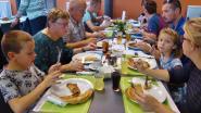 Pannenkoeken eten ten voordele van Ziekenzorg Pulle