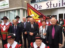 Gouden 'Padre Johni' wordt ook buiten Vorstenbosch op handen gedragen