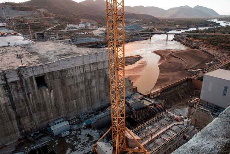 De Grote Renaissance Dam in de Blauwe Nijl in Ethiopië tegen de grens met Soedan. Beeld AFP