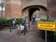 Omstreden fietshekjes keren terug bij Broederpoort in Kampen