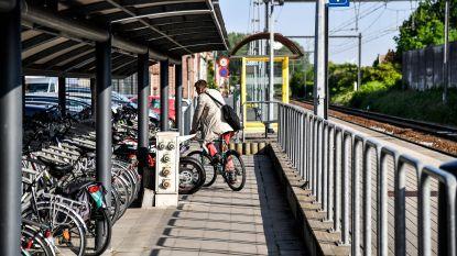 Station krijgt nieuwe overdekte fietsenstalling