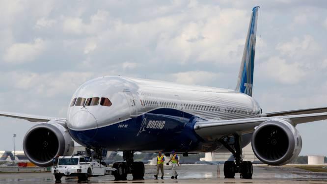 Boeing krijgt opdoffer door problemen met 737 MAX: bedrijf gaat nu ook minder Dreamliners produceren