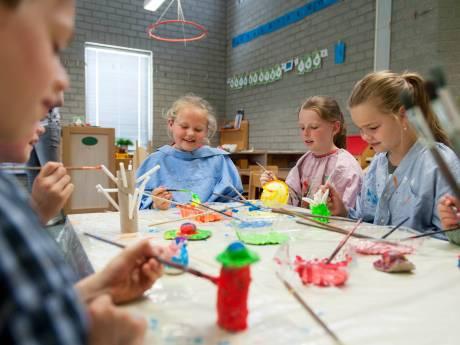 Meer meisjes en sterker voetbalteam voor scholen in Olst en Boskamp