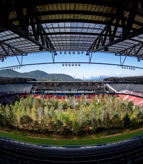 Oostenrijkse club maakt plaats voor 300 bomen op de grasmat