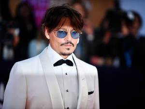 Johnny Depp largué par une danseuse russe de 24 ans