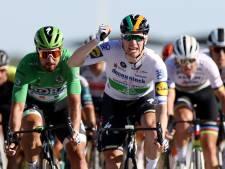 Sam Bennett offre une deuxième victoire d'étape à Deceuninck-Quick Step