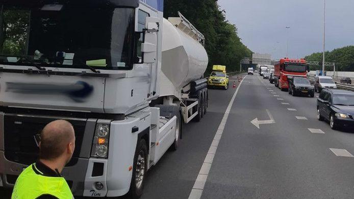 Het voorval gebeurde op de A20 richting Gouda.