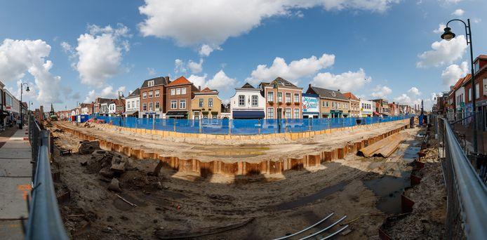 Een panoramafoto van het werk aan de haven in Zevenbergen.
