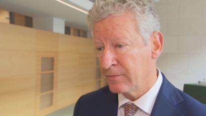 Ook Pieter De Crem zal uittredingsvergoeding van 390.000 euro opnemen en deelt nog sneer uit aan eigen partij
